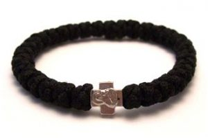 Black_prayer_bracelet_-_Komboskini_-_Chotki_-_Prayer_Rope